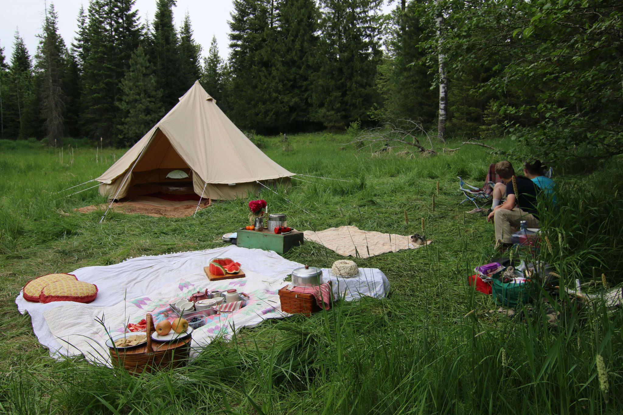 Picnicking, a Canvas Bell Tent, and the lush, beautiful outdoors of the Pacific Northwest!