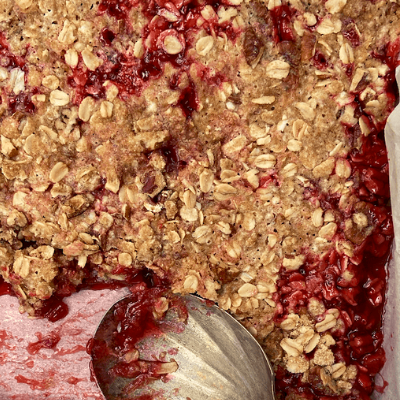Strawberry Rhubarb Crisp|Gluten-Free